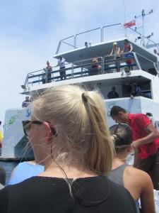 Die meisten der Fidschi-Reisenden sind um die Zwanzig.